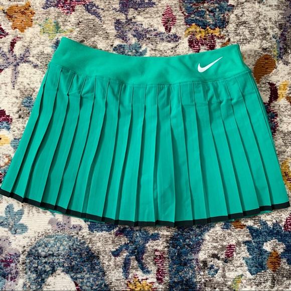 Nike pleated tennis skirt 🎾